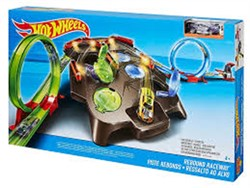 Mattel Hot Wheels Dev Çember Yarış Seti FDF27